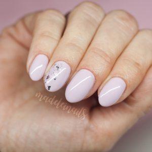 delikatne paznokcie hybrydowe bydgoszcz